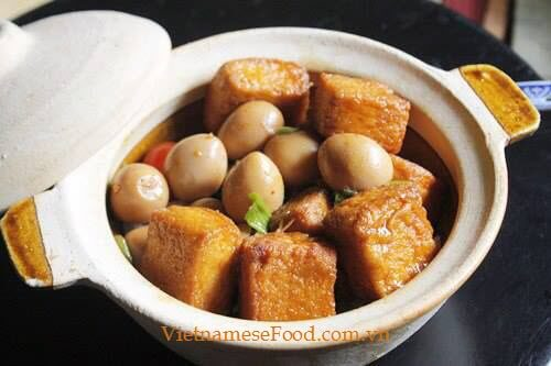 Braised Tofu with Quail Eggs Recipe