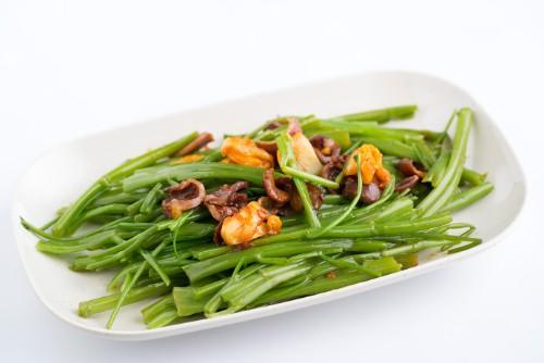 Modern Vietnamese Restaurant Con Ga Trong (10)