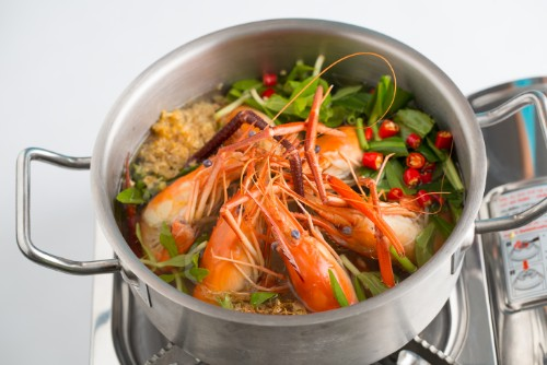 Modern Vietnamese Restaurant Con Ga Trong (12)
