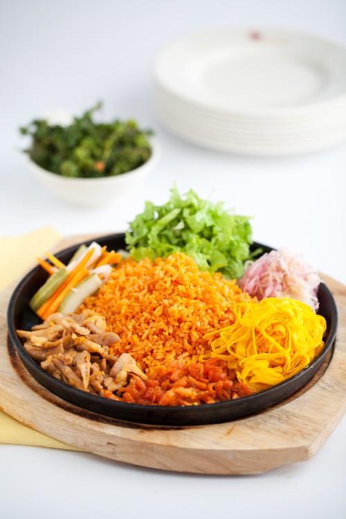 Modern Vietnamese Restaurant Con Ga Trong (6)
