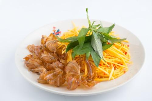Modern Vietnamese Restaurant Con Ga Trong (7)