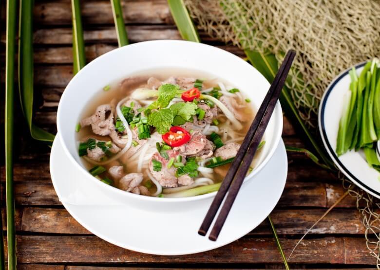 Pho-vietnamese-noodle