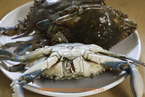 Step 1 Roasted Crab with Tamarind Sauce Recipe (Cua Rang Me) 1