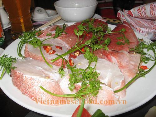 ezvietnamesecuisine.com/grouper-fish-hotpot-lau-ca-mu