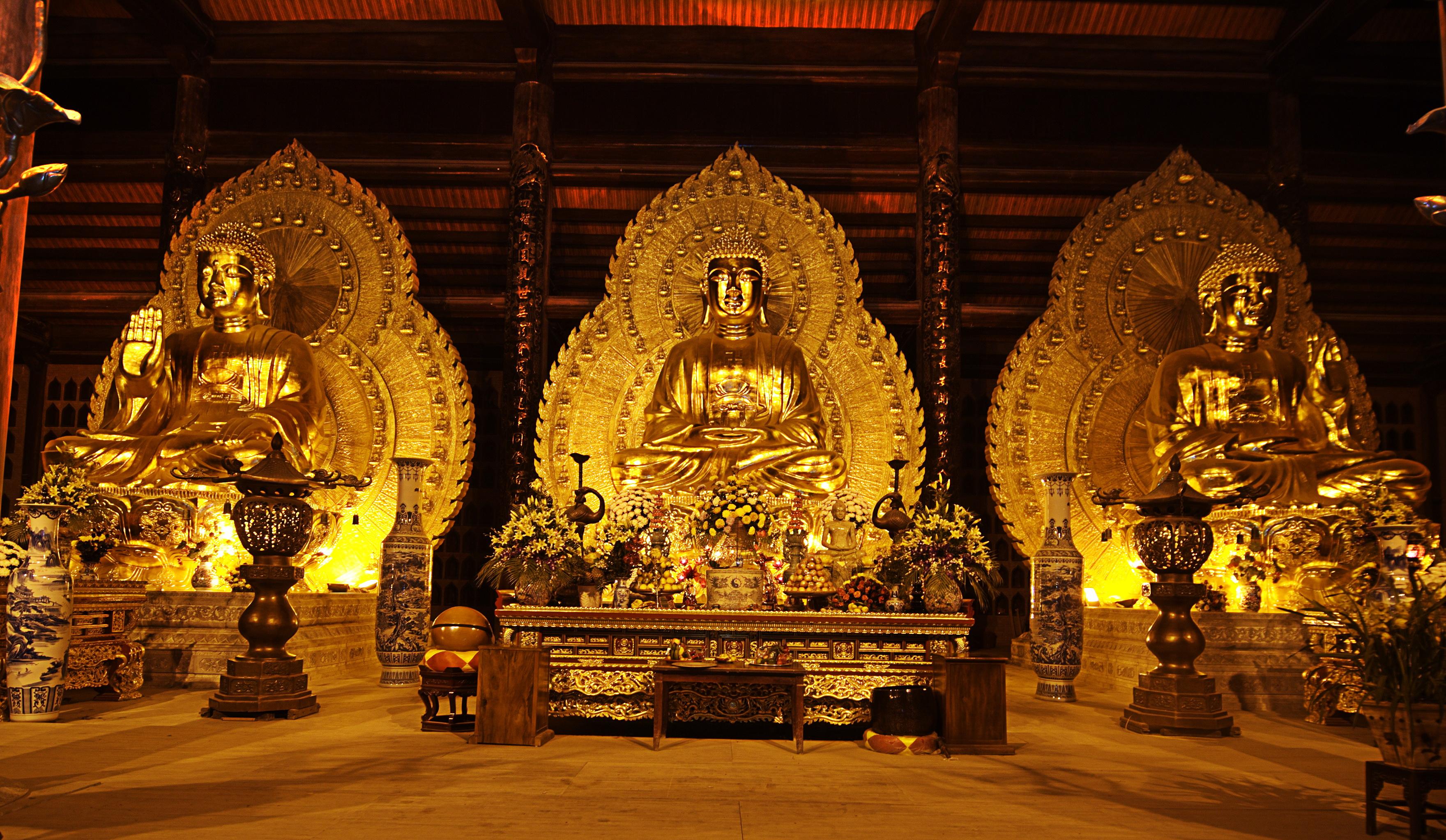 bai-dinh-pagoda-chua-bai-dinh