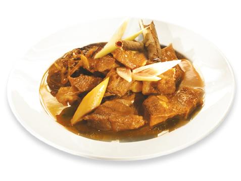 stewed-beef-with-cinnamon