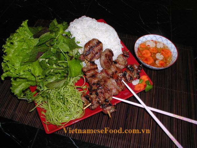 ezvietnamesecuisine.com/vietnamese-grilled-pork-with-noodle-recipe-bun-cha