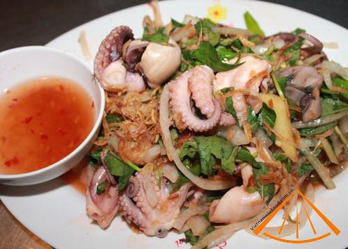 ezvietnamesecuisine.com/3-delicious-octopus-dishes-in-saigon