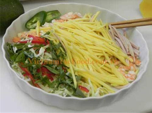 ezvietnamesecuisine.com/green-mango-salad-with-sun-dried-shrimp-recipe-goi-xoai-tom-kho