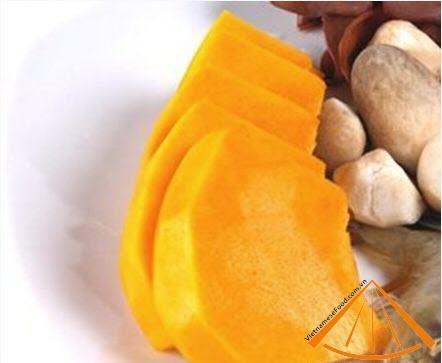 ezvietnamesecuisine.com/pumkin-and-mushrooms-vegetarian-recipe