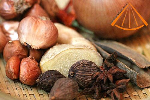 ezvietnamesecuisine.com/vietnamese-beef-pho-recipe