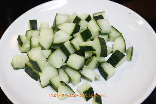 Salad Mackerel Fish Recipe (Salad Cá Ngừ)