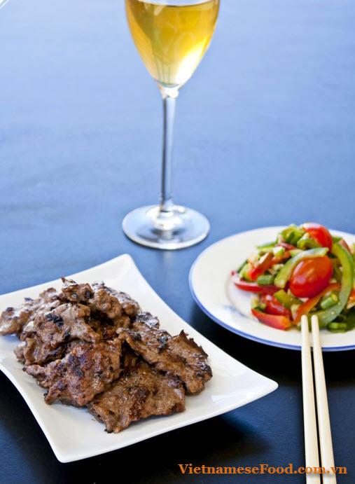 Grilled Beef with Multi Flavor (Bò Nướng Ngũ Vị)