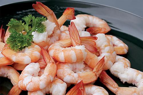 ezvietnamesecuisine.com/vietnamese-grapefruit-salad-with-shrimp-and-pork-recipe